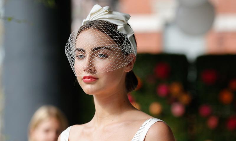 Especial novias: Tocados y velos, los accesorios que te traerán 'de cabeza'