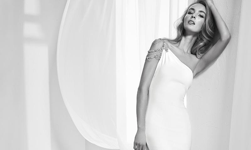 ¡Luce tirantes el día de tu boda! Descubre los espectaculares vestidos de novia de Pronovias