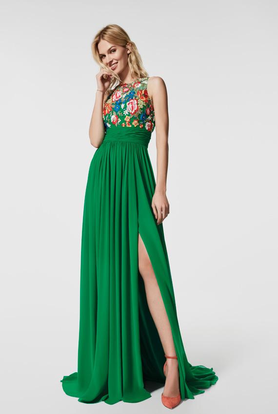 2fccac928 Diez vestidos de fiesta largos (¡y refrescantes!) para bodas de ...
