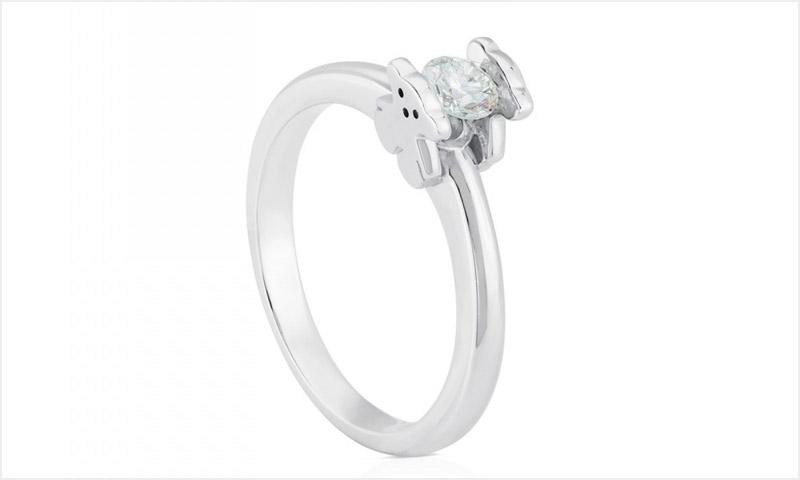 1e022f6a020d Un anillo de compromiso de Tous  Por supuesto que  sí