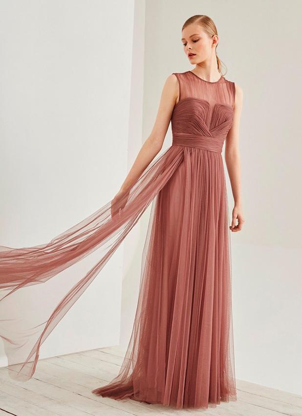 Invitadas los 10 vestidos de c ctel perfectos est n en for Vestidos fiesta outlet adolfo dominguez