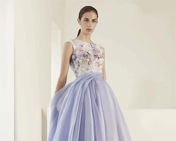 los vestidos de novia se llenan de color este año - foto