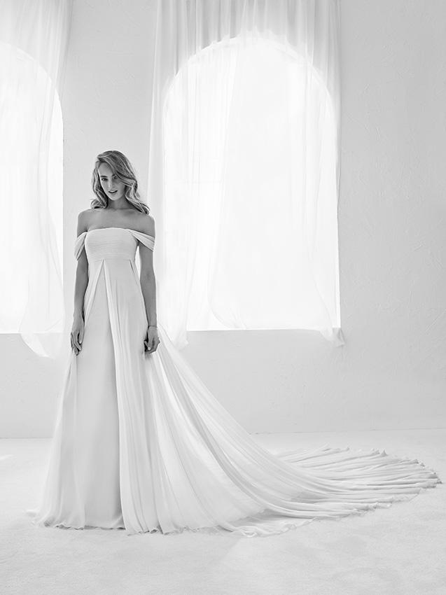 a03b58113 Los mejores vestidos de Pronovias con corte evasé te van a encantar ...