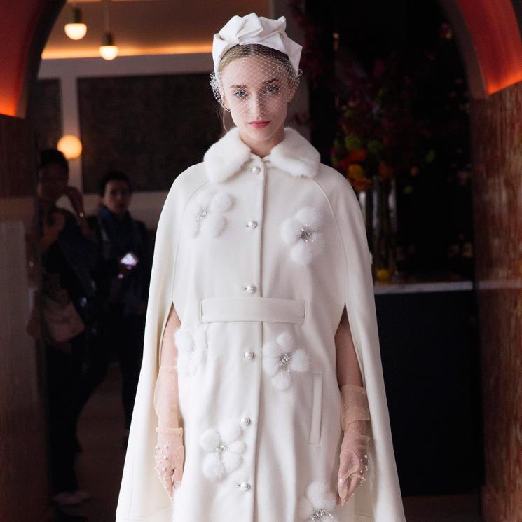 vestido corte imperio fiesta y abrigo