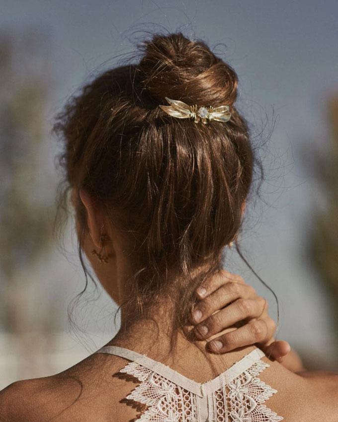 Tête à Tête Hairstyle