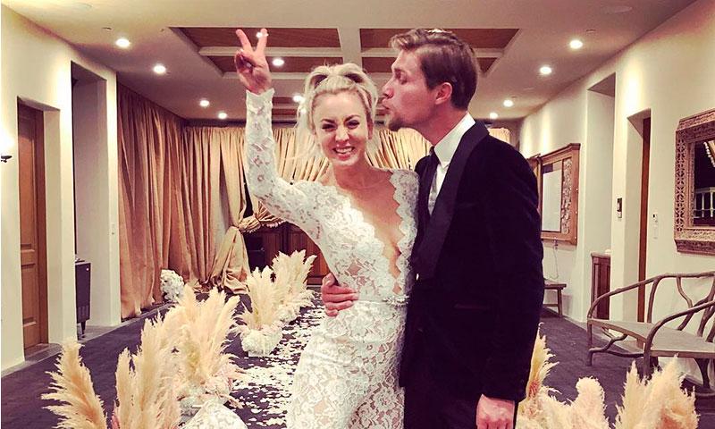 La actriz de 'The Big Bang Theory', Kaley Cuoco, se casa con Karl Cook
