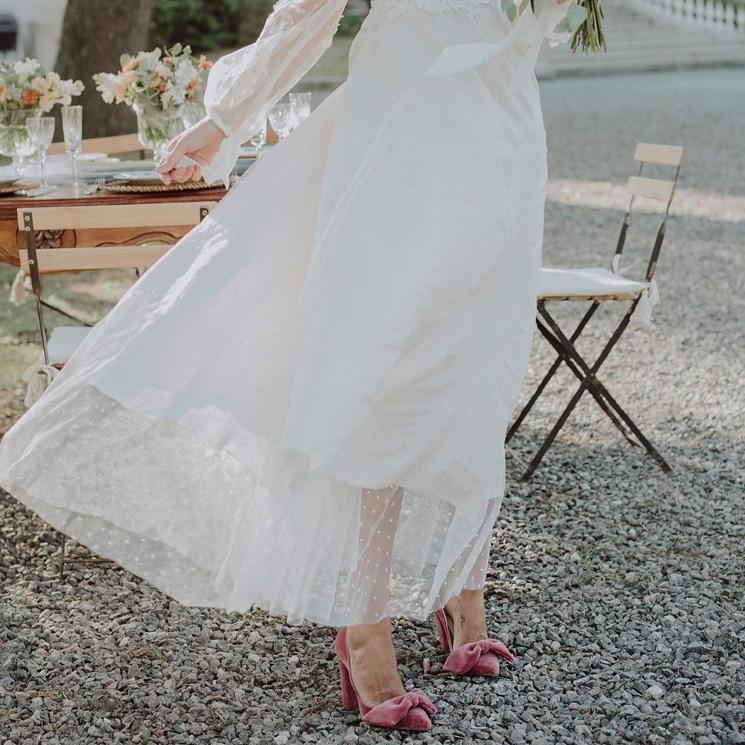 El día en que las novias quisieron llevar los zapatos a todo color
