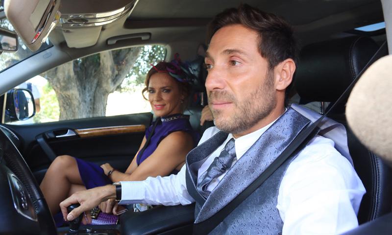 Antonio David Flores, su mujer y sus hijos Rocío y David acuden a la boda de Ortega Cano