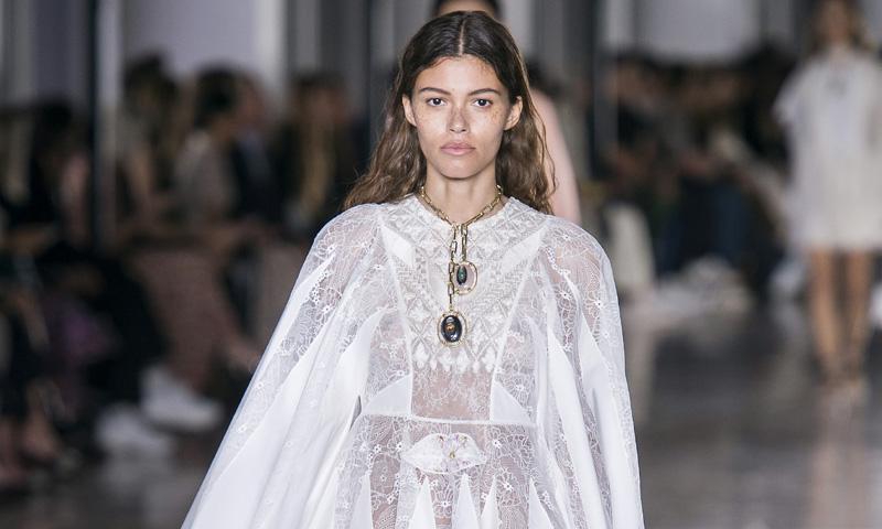 Giambattista Valli, la inspiración si quieres diseñar tu propio vestido de novia