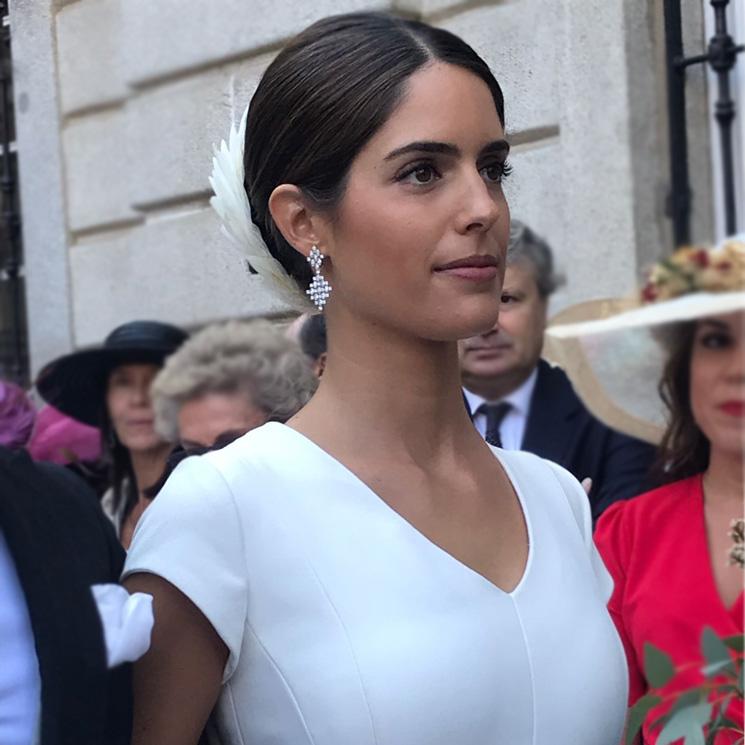 Tocados de plumas para novias inspirados en Sofía Palazuelo