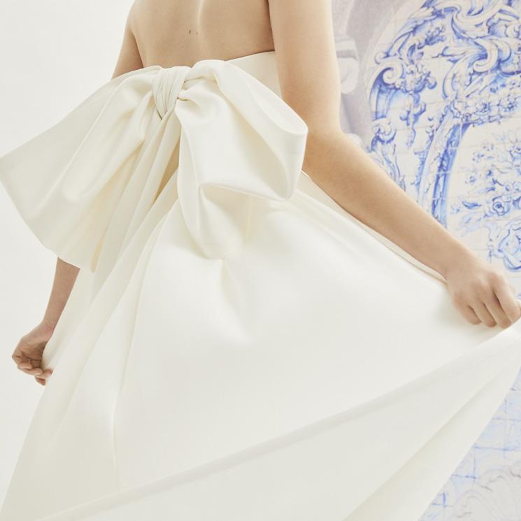 Lazos XL, el detalle que reinventa los diseños nupciales de Carolina Herrera