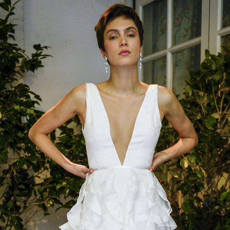 Marchesa diseña el vestido de novia perfecto para chicas con pocas curvas
