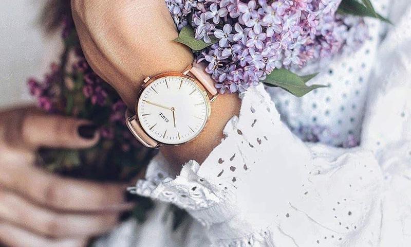 Los relojes son las nuevas joyas de los looks nupciales