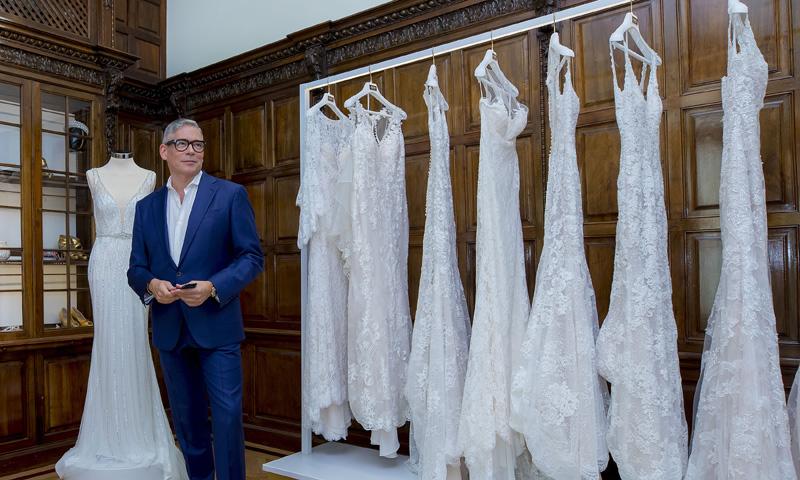 Entrevista a Boris Izaguirre, el consejero de las novias con historias fascinantes