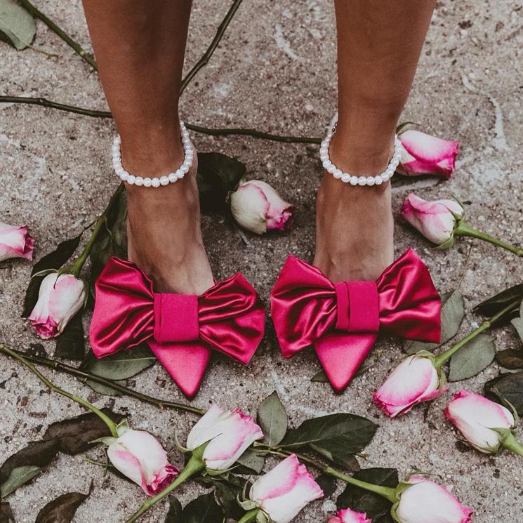 Zapatos con perlas, el detalle barroco que llega a los accesorios de novia