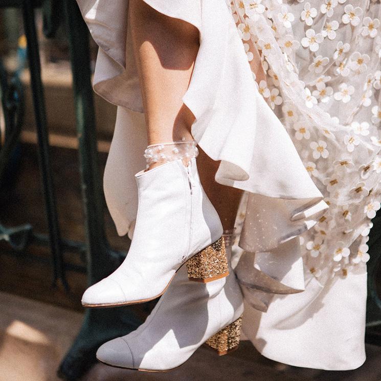 ¿Blancos o metalizados? 10 botines básicos para novias rockeras