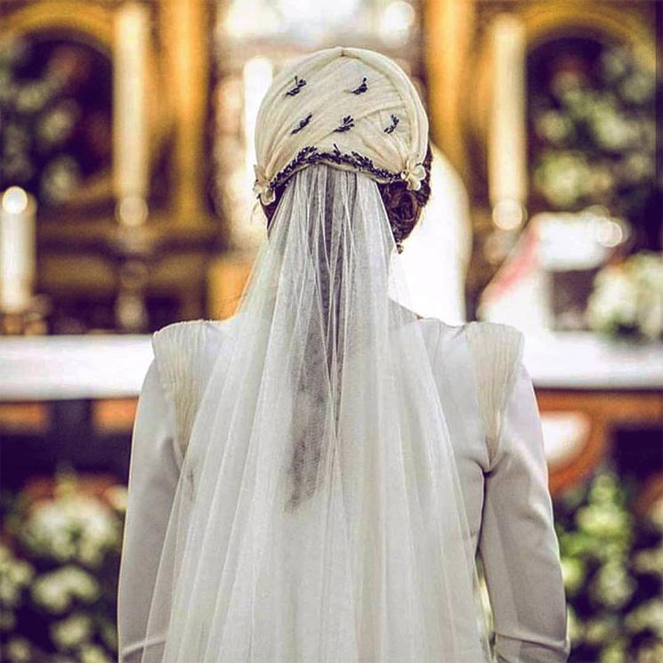Así es el tocado 'retro' favorito de las novias que huyen de lo convencional