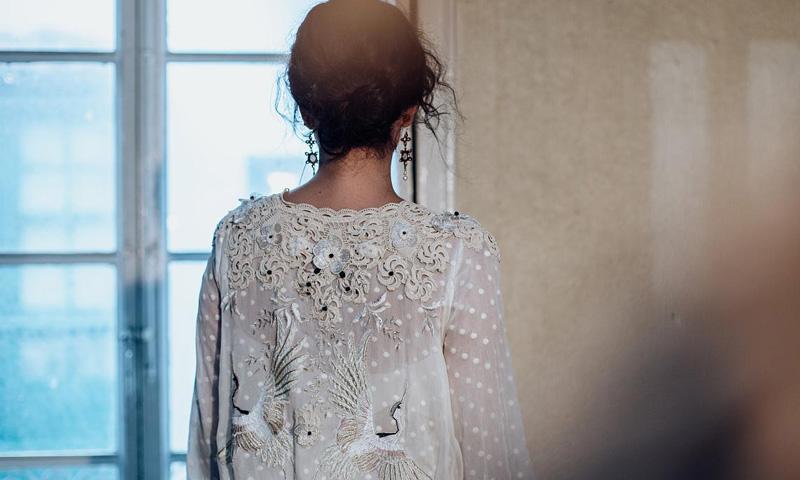 Sara Lage y los kimonos nupciales con vocación de vestidos