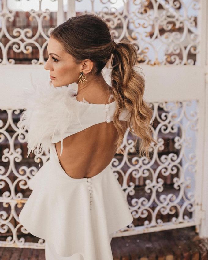 escotes en la espalda del vestido: el secreto de las novias más