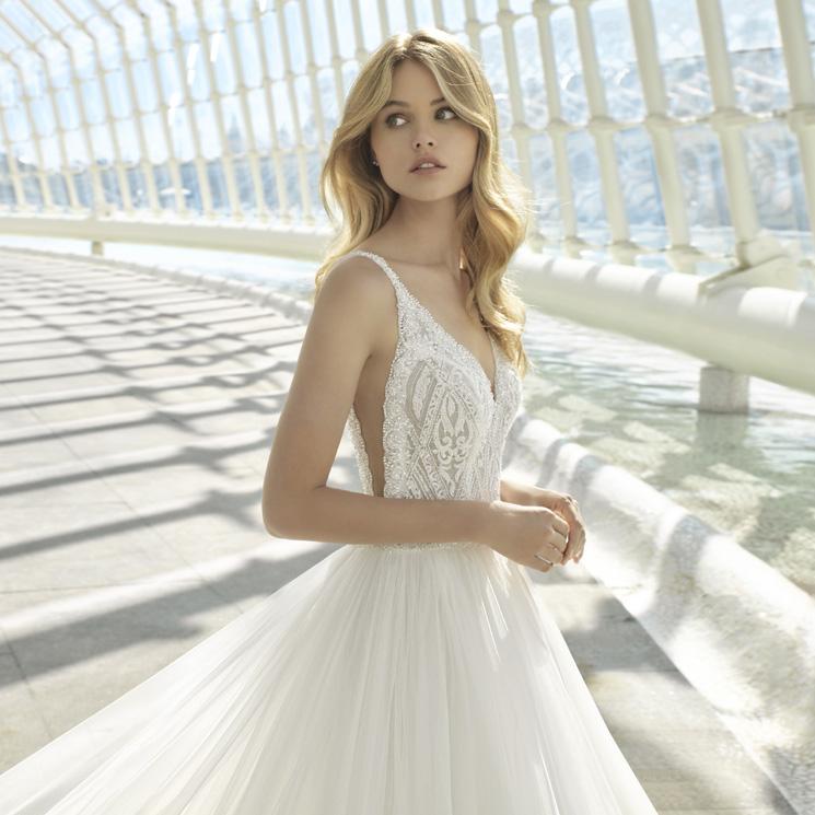 rosa clará, sobre vestidos de novia y diseños españoles que triunfan