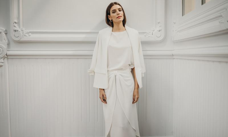 Vestidos de novia con efecto pareo para mujeres con pocas curvas