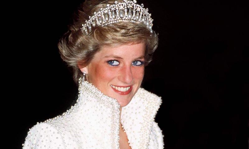 El vestido 'Elvis' de Diana de Gales, inspiración de las novias de invierno