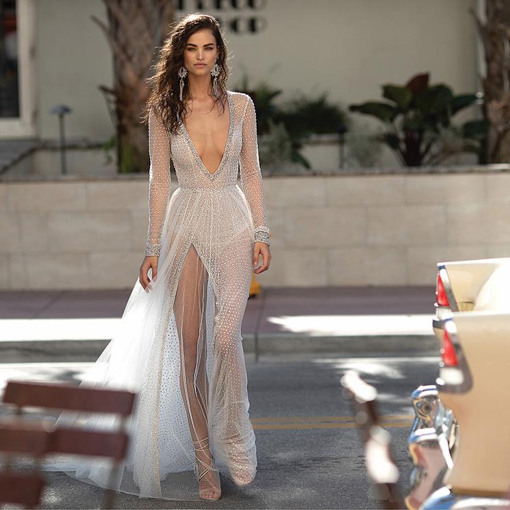 a0d7180625 Vestidos de novia muy  sexy   una boda en Miami
