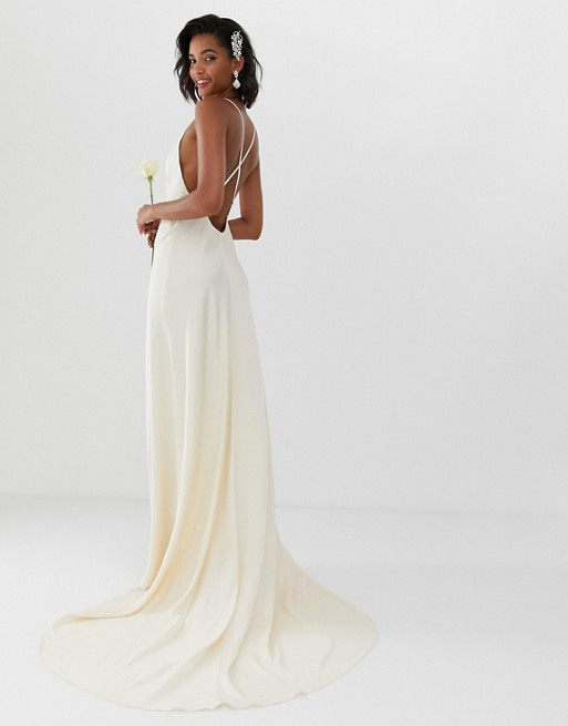 precio mejor servicio distribuidor mayorista Un vestido de novia precioso por menos de 250 euros? Sí, es ...