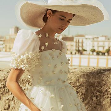 60ca1937c Peinados de novia  4 opciones de tendencia con tocados