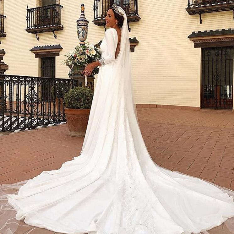 Rocío Osorno, una sofisticada novia que ha diseñado su propio vestido