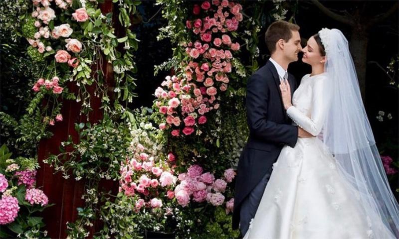 El velo que llevó Miranda Kerr en su boda (y copió a Grace Kelly) vuelve a ser tendencia
