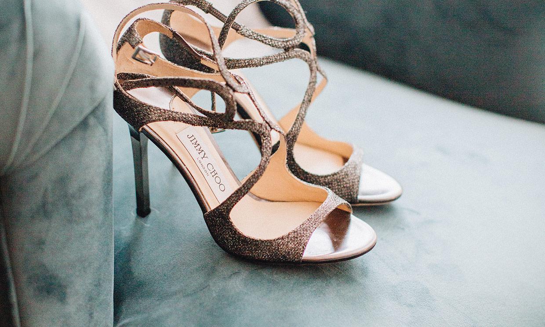 Si vas a llevar un vestido de novia sencillo estos zapatos son perfectos para ti