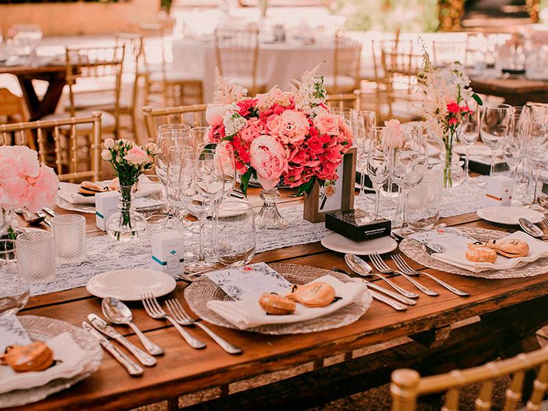 Catering y decoración de mesa 2