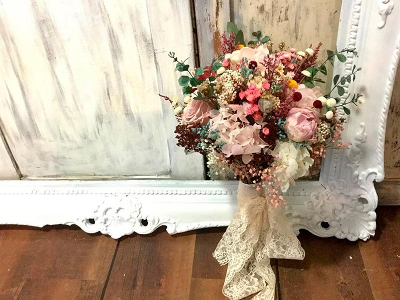 Ideas en la forma de atar tu ramo de novia 1