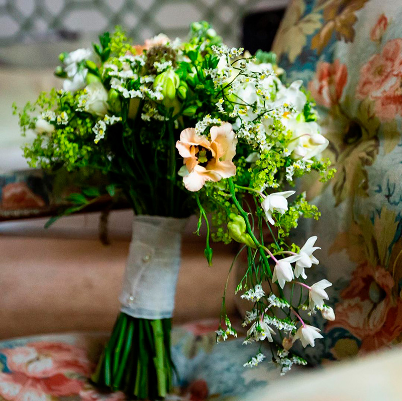 Ideas en la forma de atar tu ramo de novia 2
