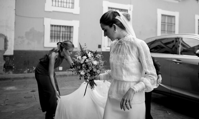 Julia se casó con un vestido de novia '3 en 1' y no podía estar más elegante