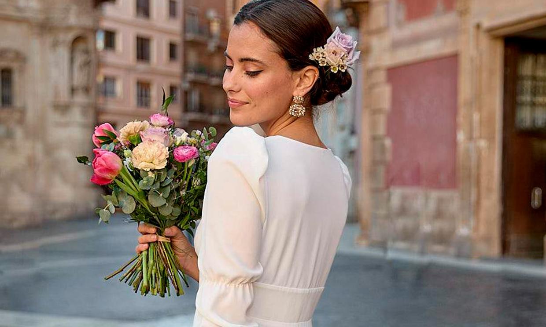 ¿Un vestido especial para una boda íntima? Estos diseños elegantes te encantarán