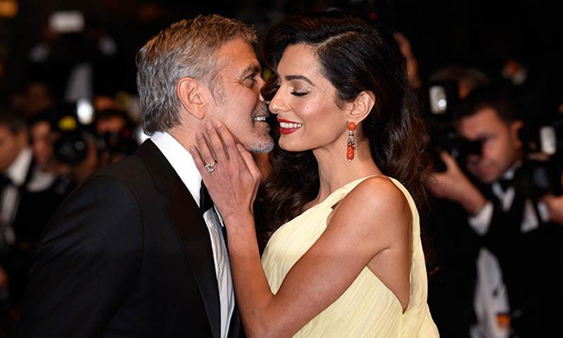 María Sharapova, Amal Clooney y el fenómeno de la talla esmeralda