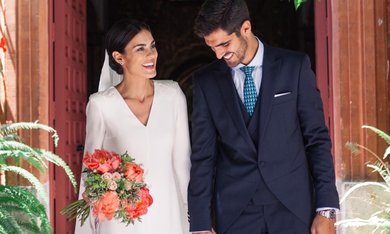 La boda en Córdoba de Alejandra, la novia minimalista del vestido sencillo