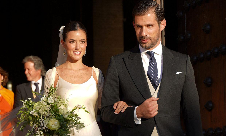 Micaella Rubini, una novia clásica con 'slip dress' satinado y chaqueta de tul