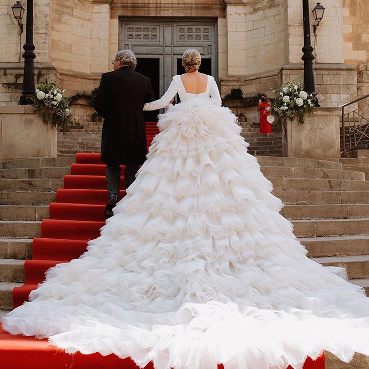 La gran boda de Lucía en Albacete, la novia de los cuatro metros de cola desmontable