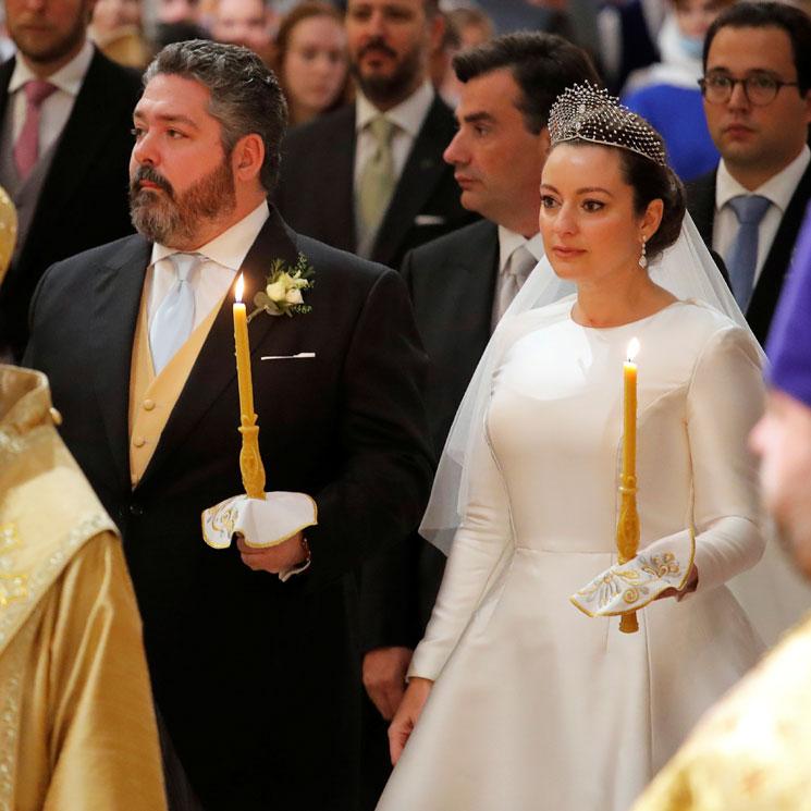 Rebecca Bettarini, una novia clásica que rinde homenaje a la cultura rusa con su vestido