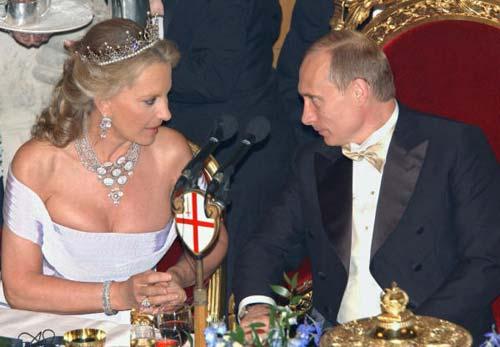Putin es recibido con todos los honores por Isabel II de Inglaterra