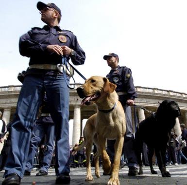 Roma acoge los funerales más multitudinarios de la Historia