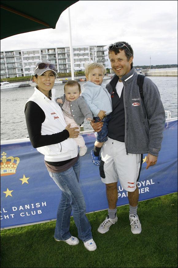 La futura Reina de Dinamarca y sus hijos se fueron de regatas con el príncipe Federico