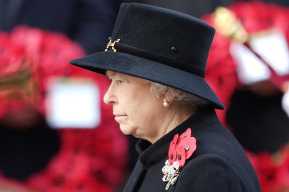 Las lágrimas de la duquesa de Cornualles en el homenaje a los Caídos