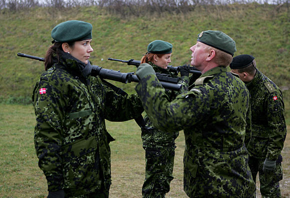 Mary de Dinamarca, una princesa al servicio de la Guardia Nacional