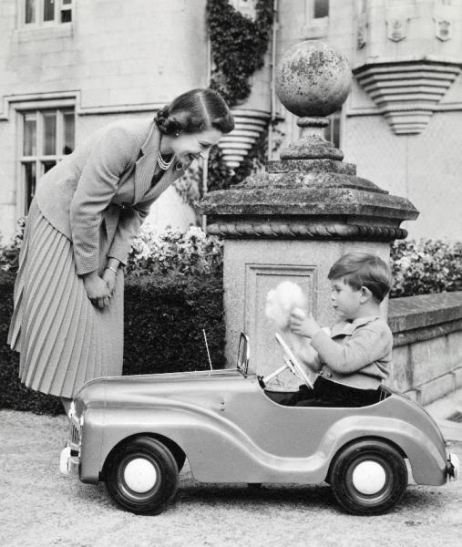 Los mejores recuerdos de Carlos de Inglaterra foto a foto