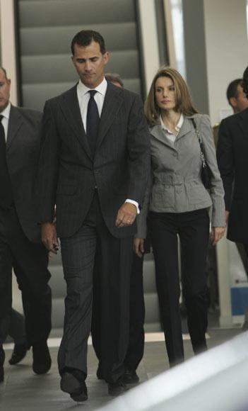 La Familia Real española se vuelca con las víctimas del accidente aéreo de Barajas