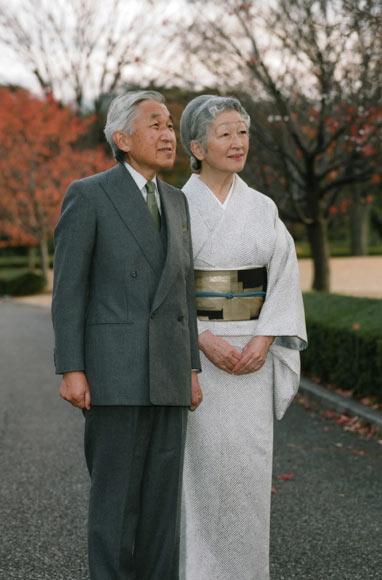 El Emperador de Japón, fiel a su anual cita con sus conciudadanos por su cumpleaños, pese a sus achaques de salud